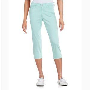 NYDJ Ariel Crop Pants. Size 6